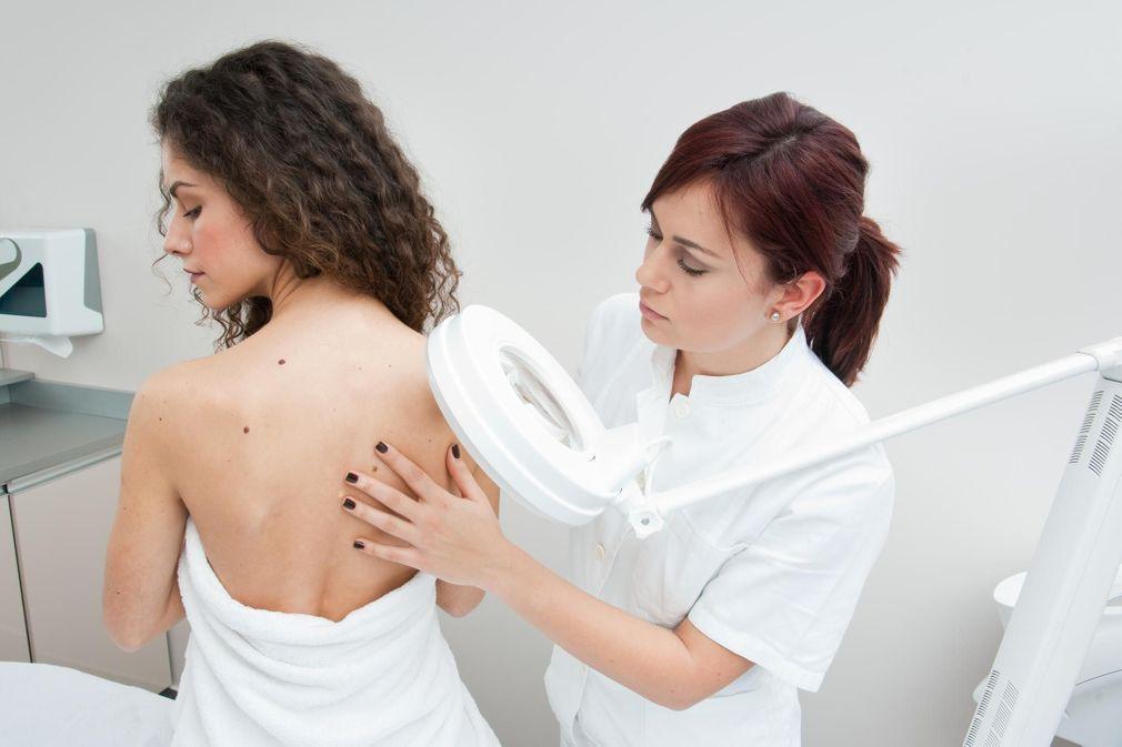10 produits de beauté déconseillés par les dermatologues