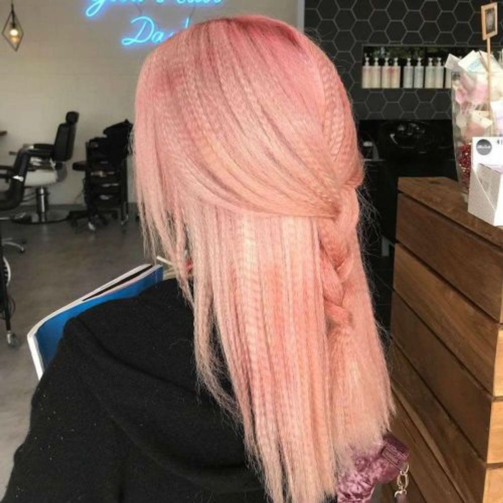 Pastel colored embossed hair