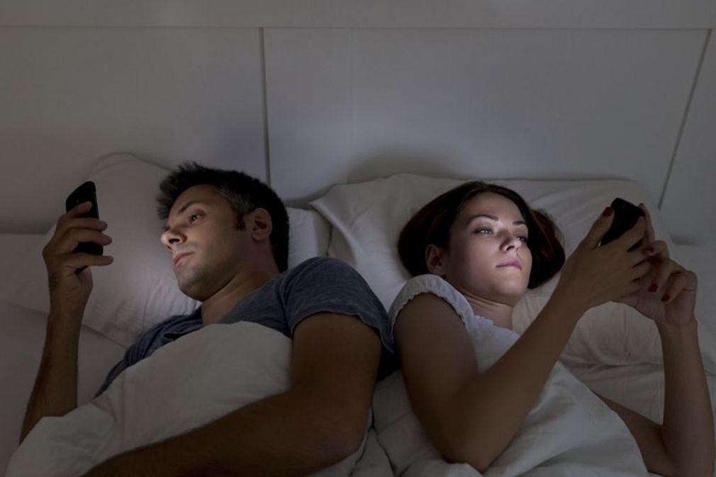 Les nouvelles technologies, ennemies du couple ?