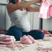 Vêtements de Bébé : le trousseau du nourrisson saison par saison