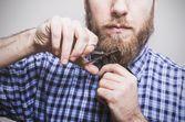 Taille et entretien de la barbe