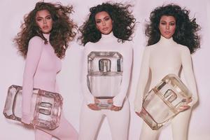 Les sœurs Kardashian dévoilent leurs nouvelles fragrances