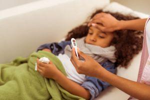 Des symptômes gastro-intestinaux sans troubles respiratoires pourraient indiquer une infection au Covid-19 chez l'enfant
