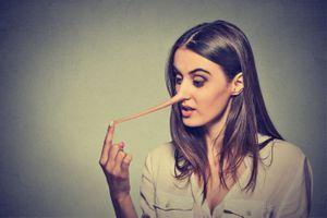 On sait pourquoi un petit mensonge en attire de plus gros