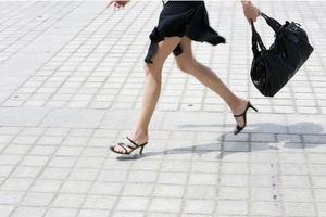 Un scanner 3D montre les effets des talons sur les pieds