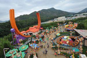 Virus chinois : Disneyland à Hong Kong annonce sa fermeture