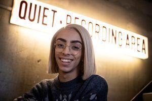 Pansexuel, bi, queer, trans, non-binaire : ces jeunes qui bousculent les normes de genre