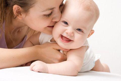 Premiers soins de bébé