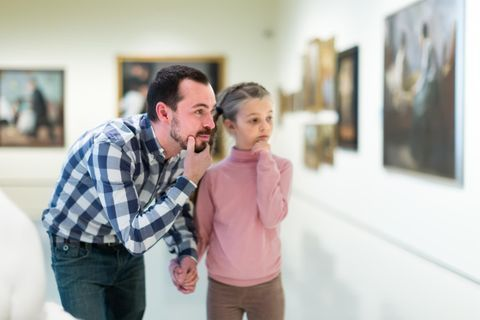 Intéresser les enfants à l'art : 10 conseils pour une visite au musée réussie