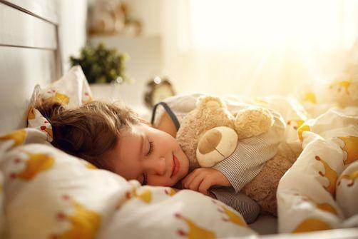 Déconfinement : comment aider les enfants et les adolescents à réguler leur sommeil ?