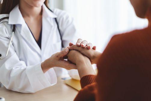 Médecins : 3 à 4 femmes sur 10 dans les salles d'attentes seraient victimes de violences conjugales