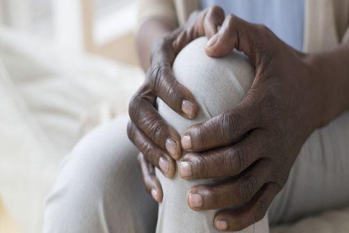 Arthrose du genou : un hydrogel comme alternative à la pose de prothèse ?