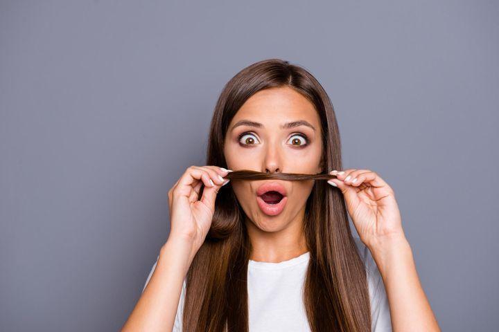 epilation moustache femme