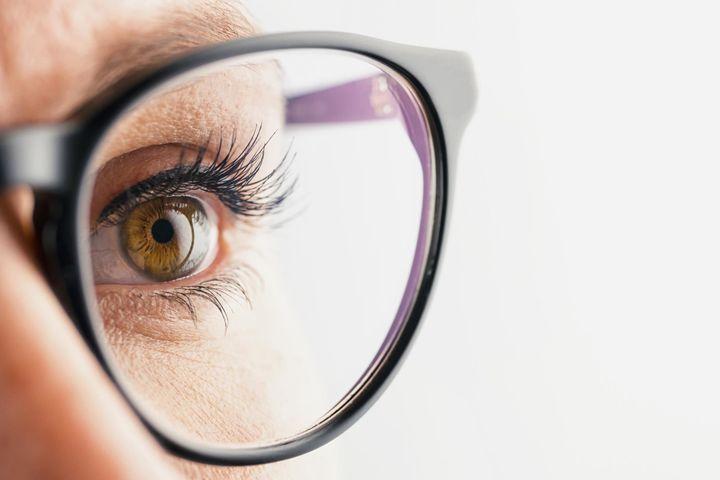 Les inconvénients des lunettes et des verres de contact