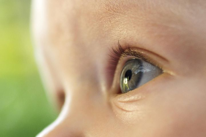 Protéger les yeux de bébé