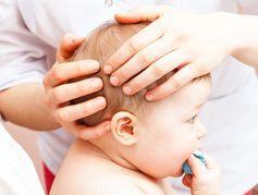 Les fontanelles du bébé : quelles précautions prendre ?