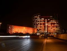 Pourquoi certaines villes dans le monde vont s'illuminer en orange à partir du 25 novembre ?
