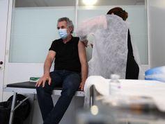 Covid-19 : la vaccination en entreprise a démarré au ralenti