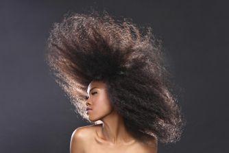 Prendre soin de cheveux crêpus
