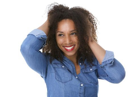 Comment faire pousser les cheveux afro ?