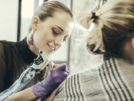 Tatouage : 75% des encres utilisées représentent un danger pour la santé