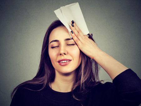 Transpiration du visage : que faire ?