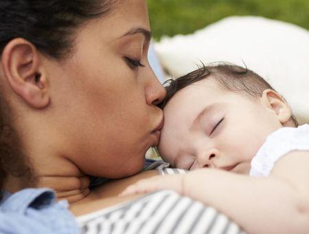 Première séparation avec bébé : comment gérer ?