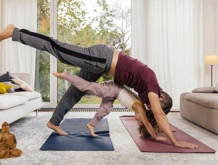 Yoga pour les enfants : les postures à faire en famille