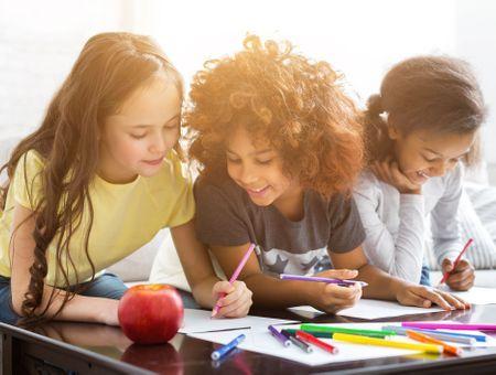 Faut-il se mêler des amitiés de nos enfants ?