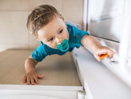 Accidents domestiques : quels dangers jusqu'à 1 an ?