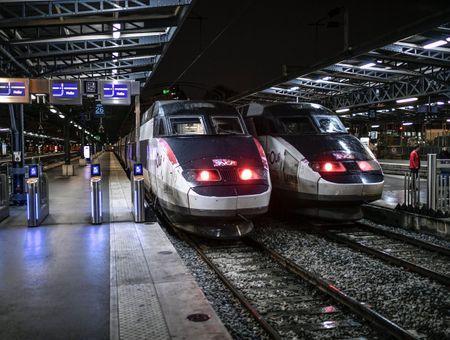"""Le retour prudent à Paris des """"exilés"""" du confinement"""