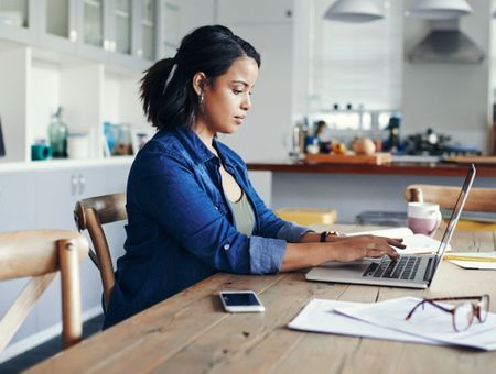 Les entreprises peuvent-elles contrôler la durée de travail en télétravail ?