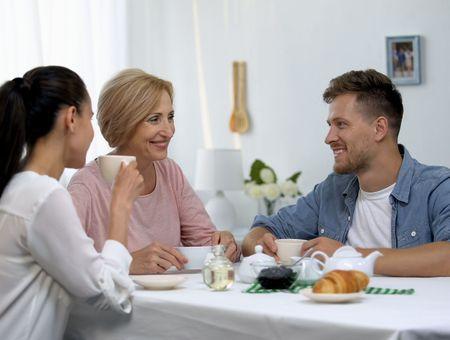 Comment améliorer la relation avec mes beaux-parents ?