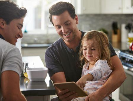 Famille homoparentale : quels droits pour le second parent ?