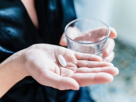 """Psychotropes : le phénibut désormais interdit à cause de """"risques graves"""" pour la santé"""