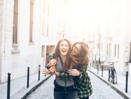 Coup de foudre amical : une amitié de longue durée ?
