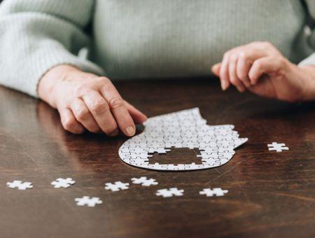 Pertes de mémoire : est-ce une maladie d'Alzheimer à ses débuts ?