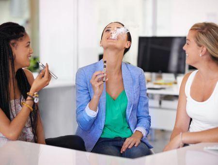 Cigarette électronique et santé : danger ou pas ?