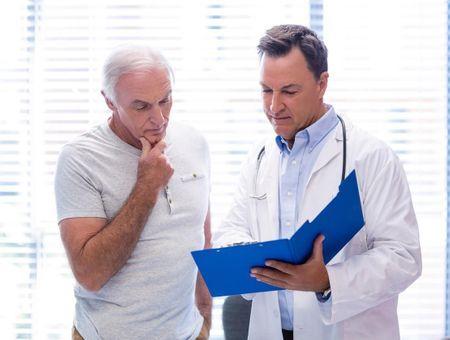 Le cancer du sein chez l'homme : des symptômes au traitement