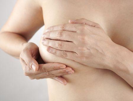 Autopalpation du sein : comment faire une autopalpation ?