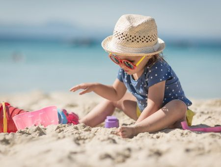 Soleil : protéger la peau des enfants