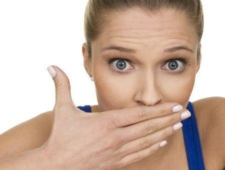 Les causes de la mauvaise haleine