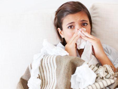 Grippe ou gros rhume : comment les différencier ?