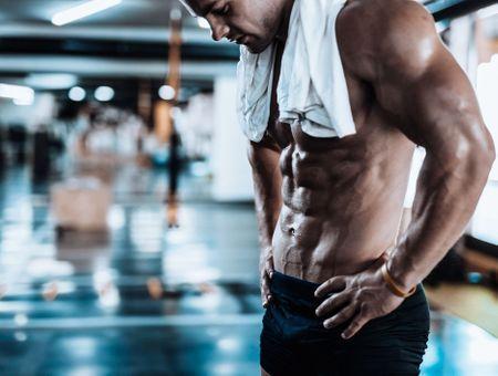 Musculations des épaules : 4 exercices hyper efficaces