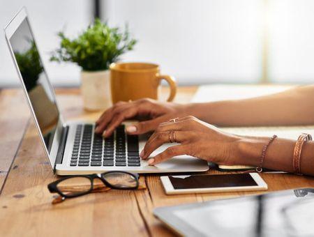 Jambes lourdes : les sites et contacts utiles