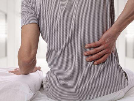 Mal de dos : quelle automédication pour le soulager ?