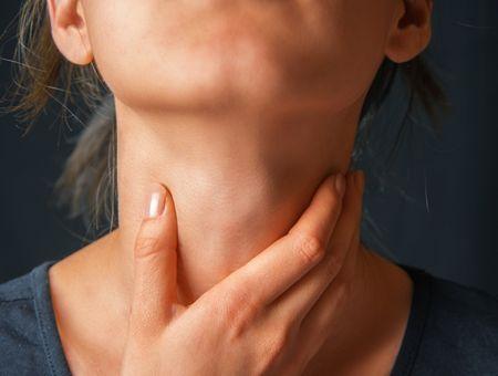 Douleurs à la gorge