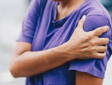 Douleur dans le bras : quelle signification ?