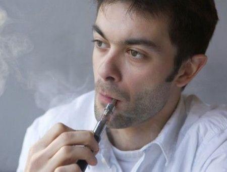 La cigarette électronique expose au risque d'allergies respiratoires