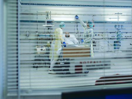 Coronavirus: 13 morts en 24h, plus faible bilan depuis mi-mars